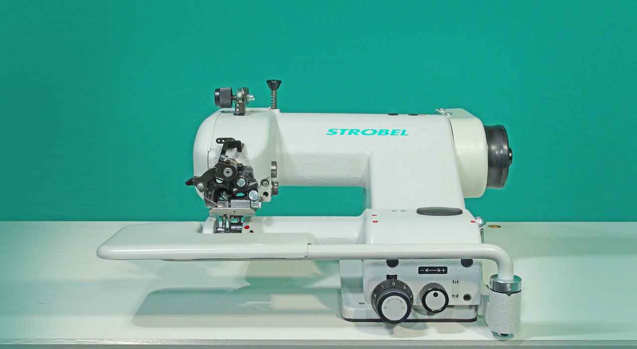 Strobel Blind Stitch Machine